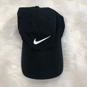 "Nike Golf Black and White ""dad"" like hat"